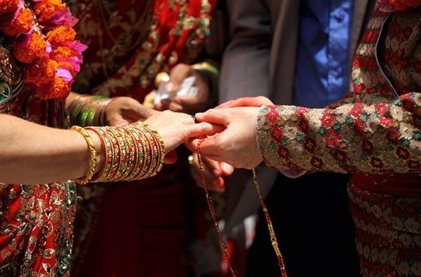 How to convince girlfriend parents for intercaste marriage